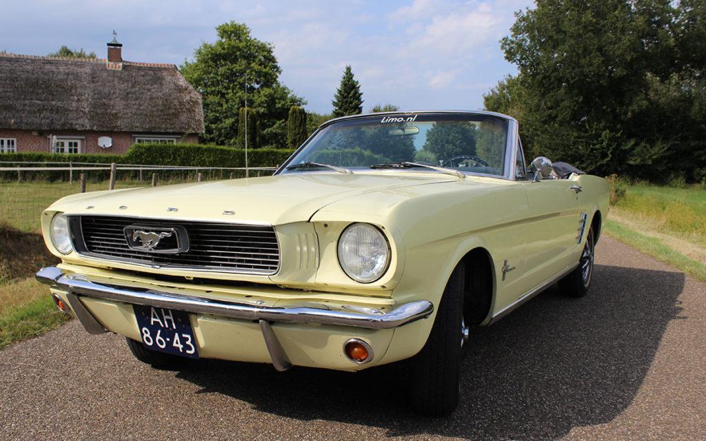 Oude Mustang huren