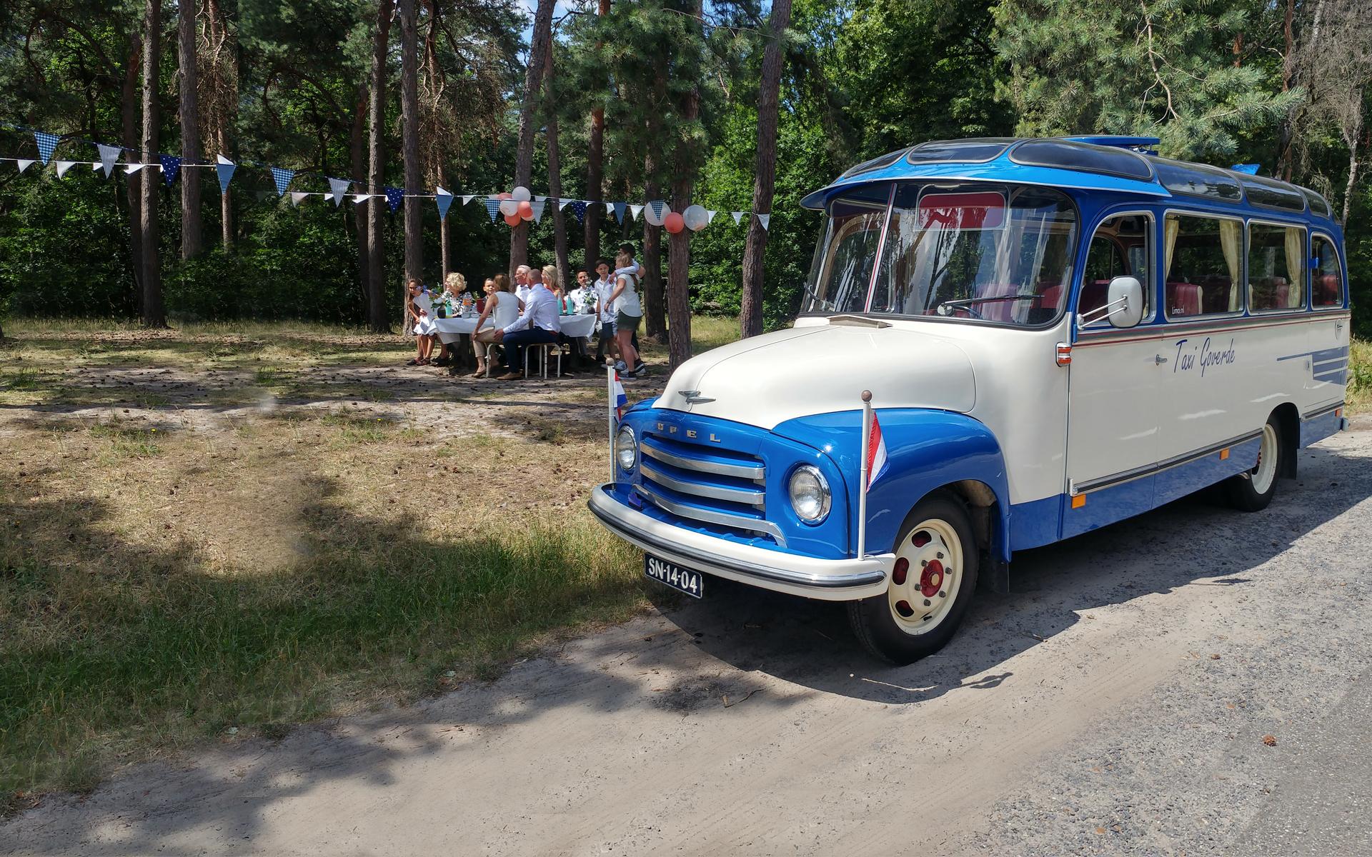 oldtimer bus 14 personen