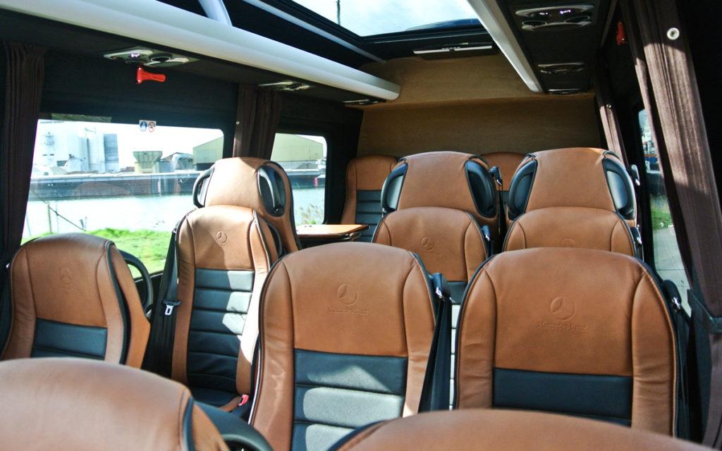 luxe vip zakelijk vervoer bus leren bekleding